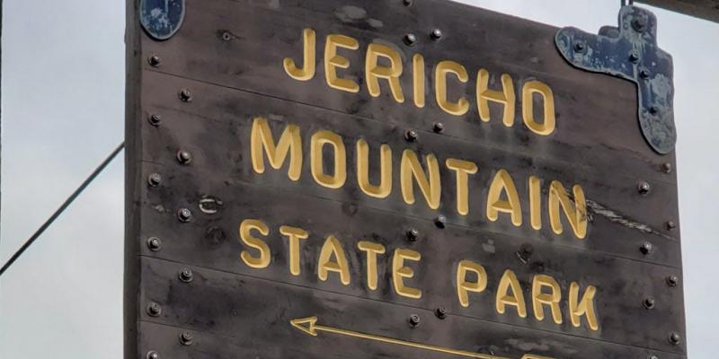 Jericho Mountain State Park Sign